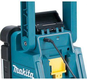 Makita DMR110 DAB+ 2
